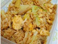 蛋炒飯便當・高麗菜炒杏鮑菇佐玉米筍