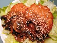 日式雞肉漢堡排佐照燒蘑菇醬