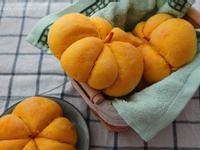 南瓜紅豆麵包