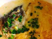鮭魚頭豆皮白菜鍋