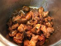 香菇菱角燉豬軟骨
