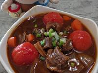 電鍋版的「蕃茄牛腩煲」