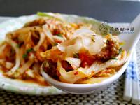 泡菜絞肉粄條(華師父水餃)