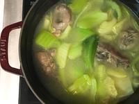 [年菜特輯]暖胃蒜頭芥菜雞湯