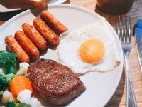 牛排早午餐