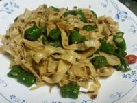 糯米椒炒豆皮