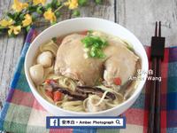蒜頭香菇養生雞腿麵【史雲生】