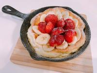 草莓香蕉荷蘭鬆餅~~~