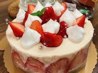 【免烤箱】草莓生乳酪蛋糕
