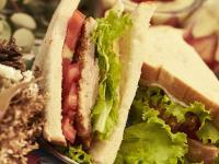 偷吃步的豬排三明治