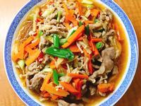 紅蘿蔔金針菇豬絞肉醬燒冬粉(電鍋)