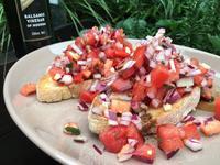 義式夏日輕食沙拉:番茄洋蔥厚片-普切塔