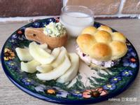 小黃瓜蛋沙拉蔓越莓乳酪花圈堡香瓜優酪乳