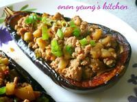 醬燒茄子船簡易年菜。家常菜。晚餐