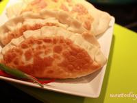 【東煮】路邊攤大集合-韭菜盒 Fried leek dumplings