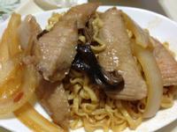 [ 小米愛料理 ] 辣味豬肉壽喜燒炒麵