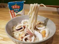 海鮮雞湯麵