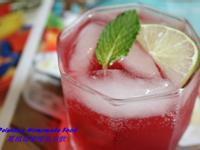 蔓越莓檸檬氣泡飲