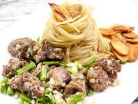 【厚生廚房】蒜味香煎牛角肉義大利麵