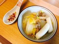 暖心:清甜大白菜肉末年糕煮