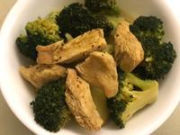 蒸煮雞肉蔬菜咖喱