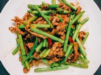蘆筍炒牛肉絲 家常菜