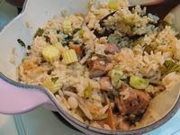 雞腿肉蔬菜燉飯