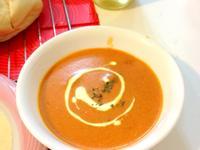 [法式料裡]九層塔風味蕃茄濃湯