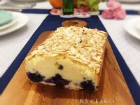杏仁片藍莓蛋糕