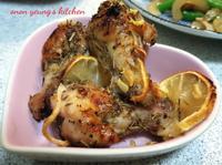 檸檬烤雞腿 簡易晚餐。家常菜。烤箱料理