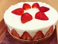 草莓生乳酪蛋糕