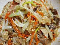 韓式烤肉的醬炒手拉雞絲