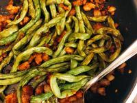 簡單的乾煸四季豆食譜 超香!下飯!