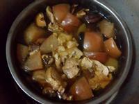 黑蒜頭蘿蔔蘋果雞湯
