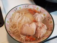 枸杞山藥金針菇雞湯