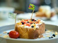 手作早餐:手工軟乳酪番茄藍莓吐司