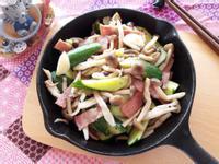鮮菇奶油培根炒小黃瓜