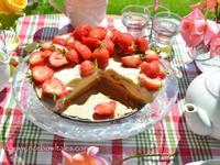白巧克力草莓芝士蛋糕