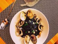 墨魚海鮮義大利麵