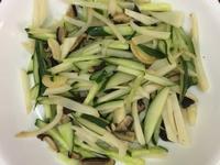 炒筍子香菇小黃瓜