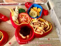 懶懶熊草莓🍓吐司捲飛機餐