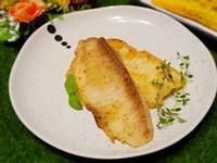 橄欖油煎香草魚排