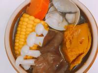 超清甜鮮菇蔬菜排骨湯