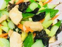 黃瓜炒雞胸肉片