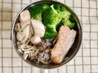 增肌減脂便當-烤鮭魚