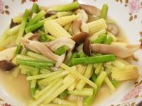 蘆筍炒美姬菇