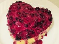 """""""火焰之心""""莓果優格起司蛋糕"""
