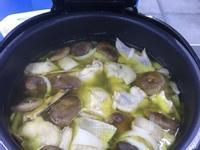 小蘋果之香菇筍片雞湯~南京旗-萬用鍋