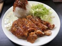 蜜汁雞腿飯 (塔塔醬)