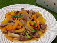 水果彩椒炒牛肉